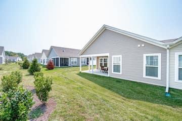 Magnolia Cove Ct, Chester, VA 23831, USA Photo 30