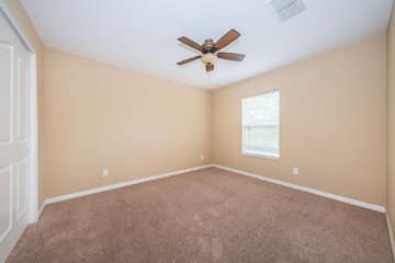 Upper Level Bedroom3