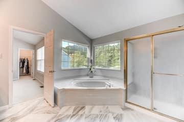 Bedroom 1 Bathroom