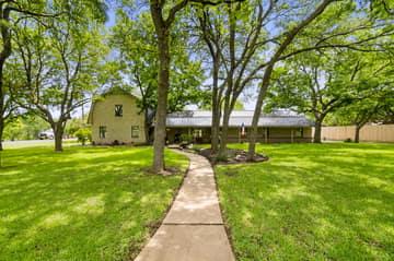 3301 Arrowhead Cir, Round Rock, TX 78681, US Photo 2