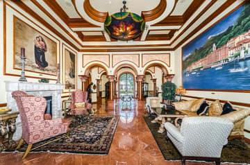 8-Grand Bellagio Clubhouse