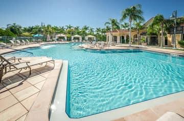 21-Grand Bellagio Pool