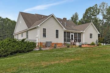 147 Old Jack Dr, Middletown, VA 22645, USA Photo 76