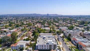 1522 S Orange Grove Ave, Los Angeles, CA 90019, US Photo 35