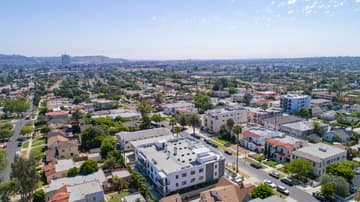 1522 S Orange Grove Ave, Los Angeles, CA 90019, US Photo 36