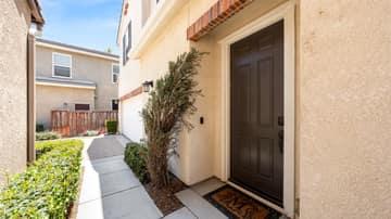 265 Sparkleberry Ave, Orange, CA 92865, US Photo 3