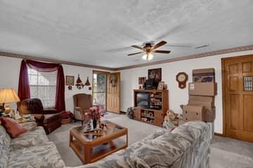 28980 Hart Ridge Rd, McArthur, OH 45651, USA Photo 9