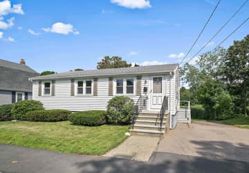 35 Winthrop St, Quincy, MA 02169, USA Photo 1