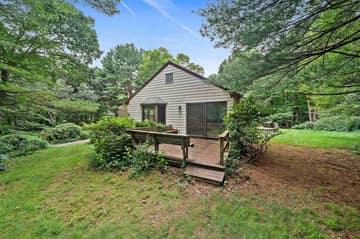 4 Sabrina Farm, Wellesley, MA 02482, USA Photo 22
