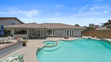 5414 E Westridge Rd, Anaheim, CA 92807, US Photo 2