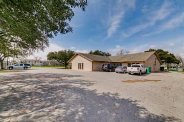 700 N. Main Street, Taylor, TX 76574, US Photo 39
