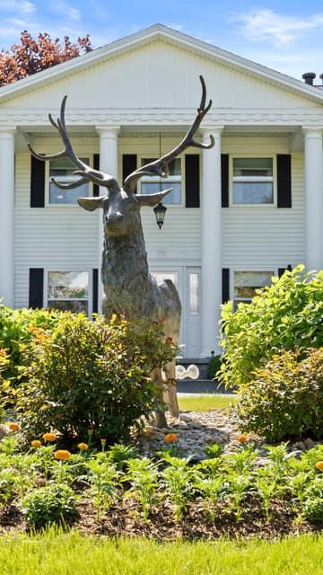 8160 Cairn Hwy, Elk Rapids, MI 49629, US Photo 3