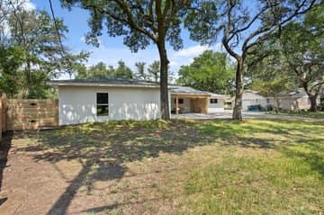 9114 Balcones Club Dr, Austin, TX 78750, USA Photo 77