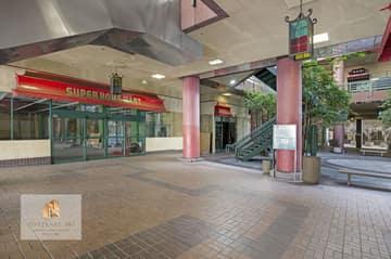 988 N Hill St, Los Angeles, CA 90012, US Photo 51