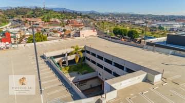 988 N Hill St, Los Angeles, CA 90012, US Photo 36