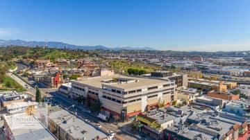 988 N Hill St, Los Angeles, CA 90012, US Photo 24