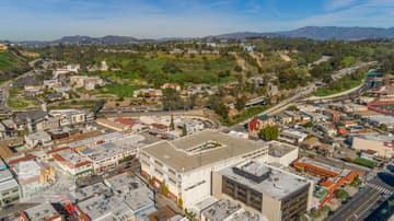 988 N Hill St, Los Angeles, CA 90012, US Photo 16