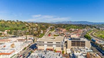988 N Hill St, Los Angeles, CA 90012, US Photo 21