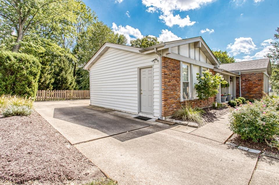 1326 Still House Creek Rd, Chesterfield, MO 63017, USA Photo 56