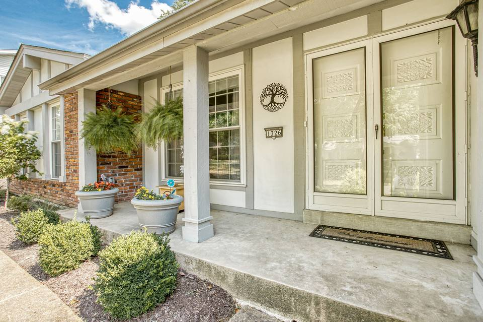 1326 Still House Creek Rd, Chesterfield, MO 63017, USA Photo 55